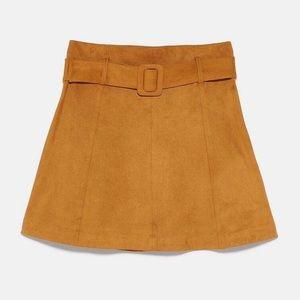 ❤️ ZARA Faux Suede Mini Ocher Skirt Size Size XXL